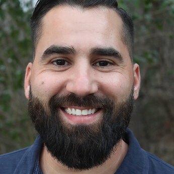 Steven Nuñez