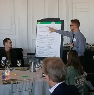 2018 LAF Olmsted Scholar Dominic Mack records main points during the leadership conversation